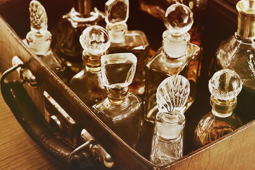 Mass vs niche perfume: how is the market evolving?